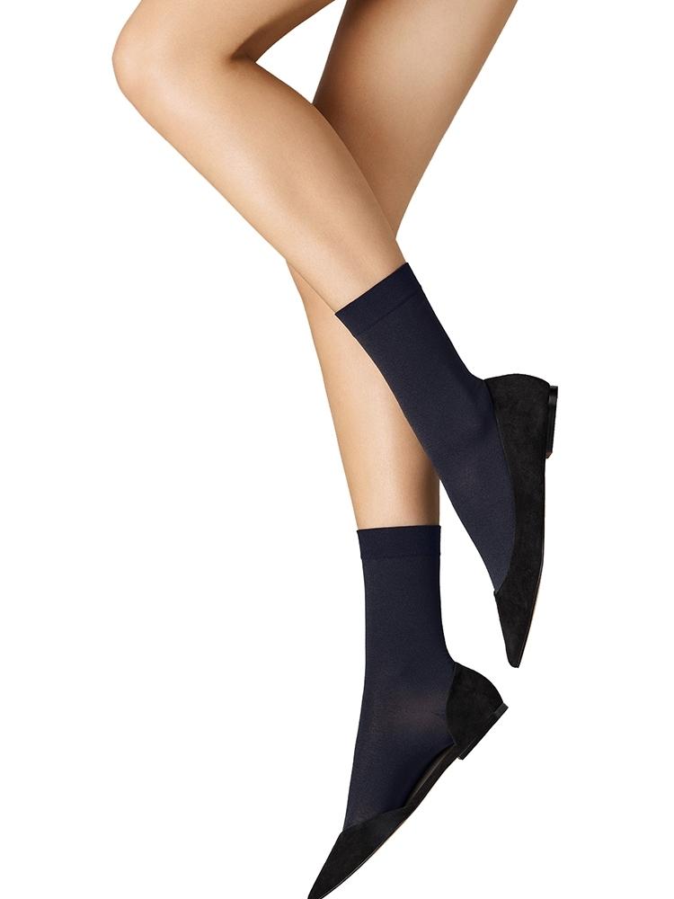Wolford Wildflower Net Socks 41560